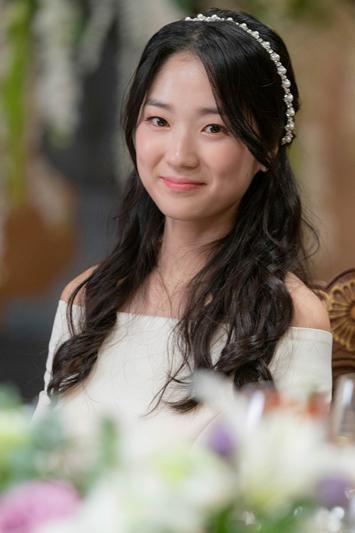 SKYキャッスル|キャスト登場人物|カン・イェソ(cast:キム・へユン)