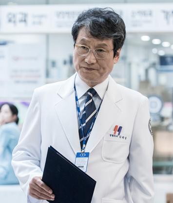 キム・テサン(cast:ムン・ソングン)