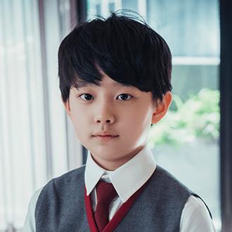 ハン・ハジュン(cast:チョン・ヒョンジュン)