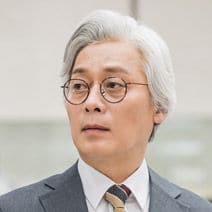 ナム・ユチョル(cast:イ・ファンウィ)