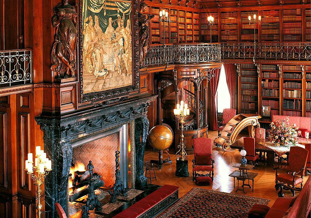 house-biltmore-estate-interiors-09-1f-library-01