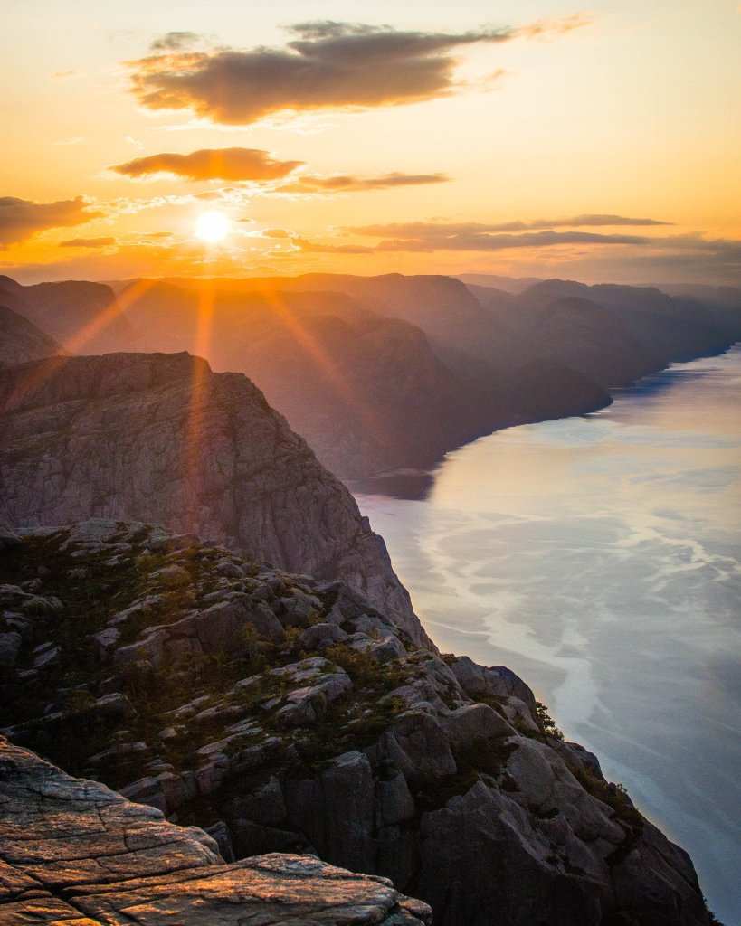 A beautiful sunrise in Norway!