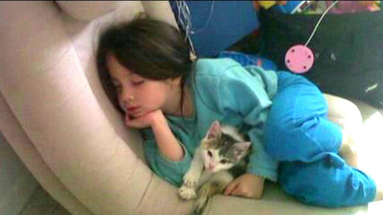 McKenna and her cat, Kaya