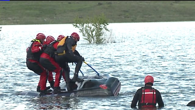 Swift water rescue training at Bear Creek Lake Park