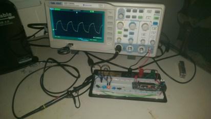 Circuit with oscilloscope