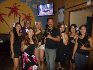 keahi playing hawaiian music san diego entertainment at the promiscuous fork with hula show1