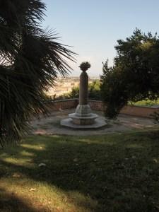 Pillar on Gianicolo in Rome