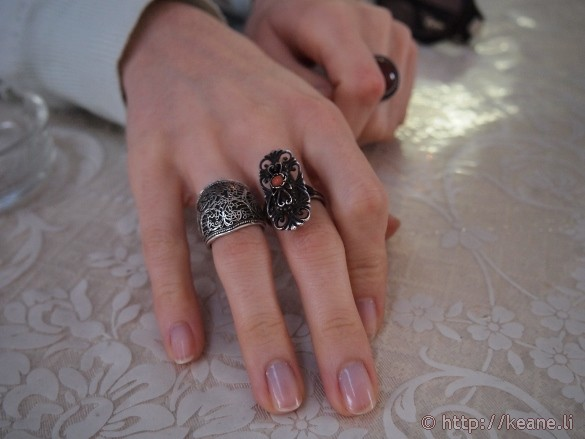 Jewelry on the hands of a ragazza napoletana