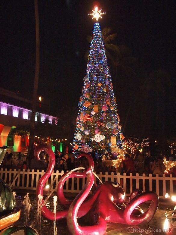 Honolulu City Lights - Christmas 2012 - Octopus and Tree