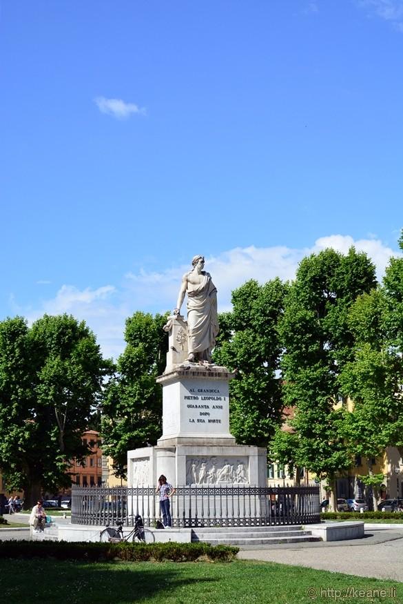 Monument to Pietro Leopoldo in the Piazza Martiri della Libertà