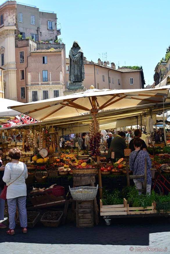 Campo de' Fiori Market and Dante Statue