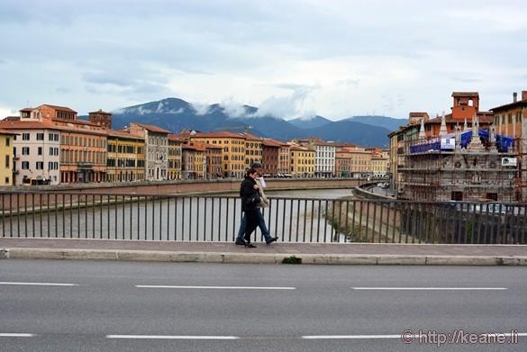 River Arno with the Chiesa di Santa Maria della Spina in Pisa
