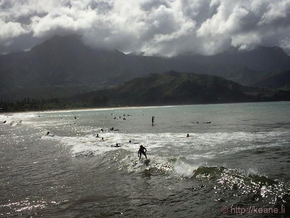 Kauai - Surfers at Hanalei Bay
