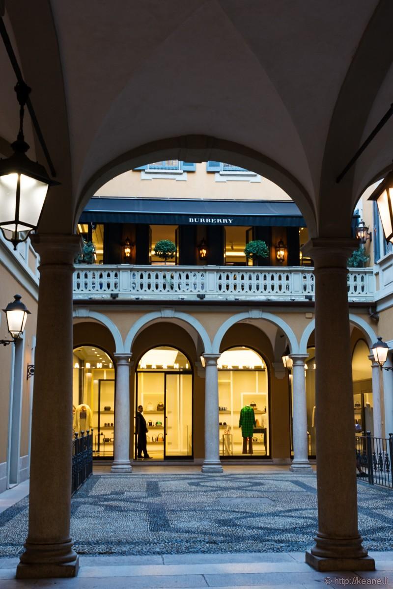 Burberry Milan