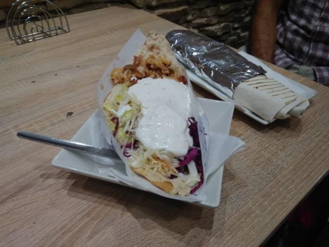 Tady jsou - Bustan kebab, Praha