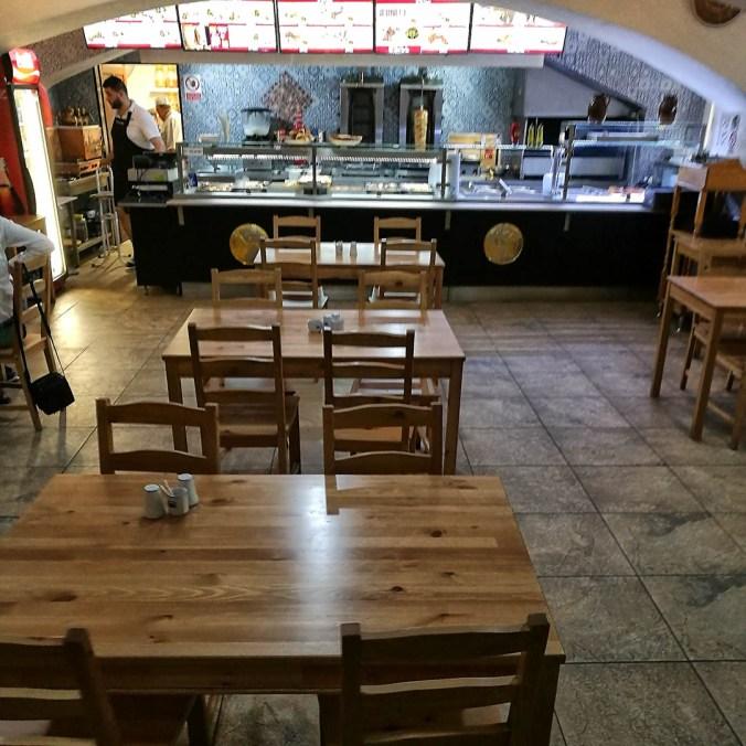 Interiér - Osman kebab, Praha