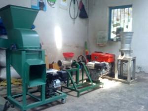 Jual mesin giling kacang-kacangan untuk pakan ternak