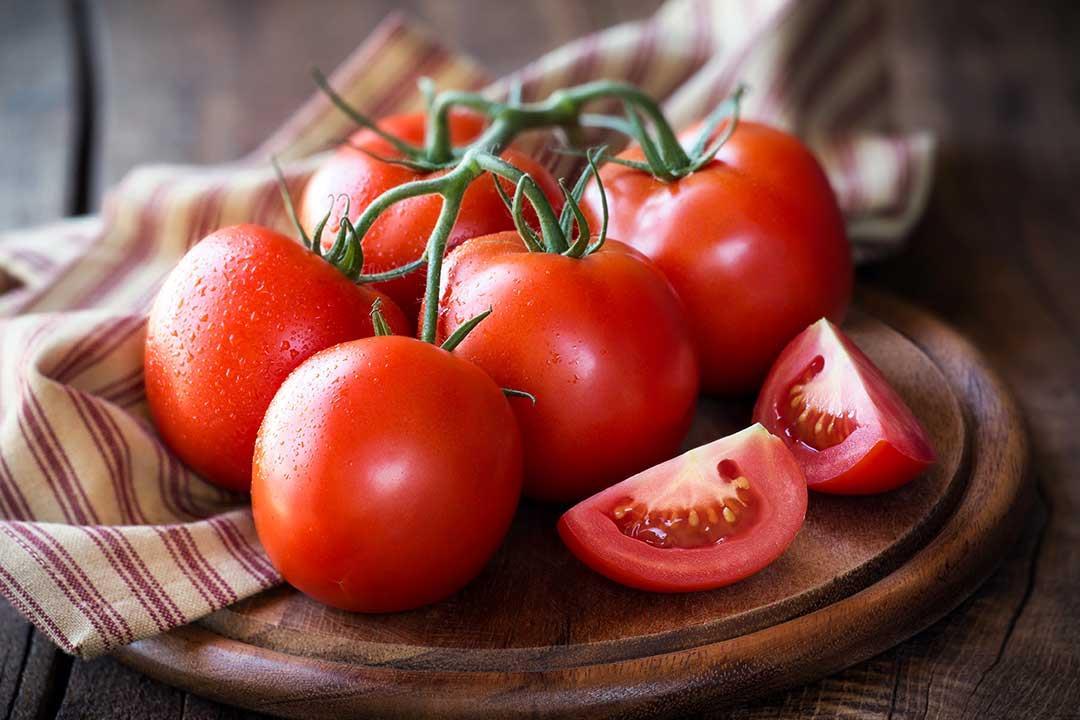 هؤلاء  ينبغي عليهم تجنب تناول الطماطم