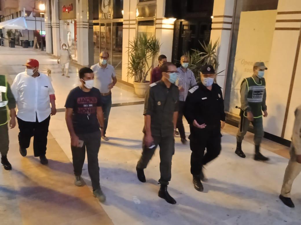بالصور: السلطات المحلية تقود حملة تحسيسية بحي جليز