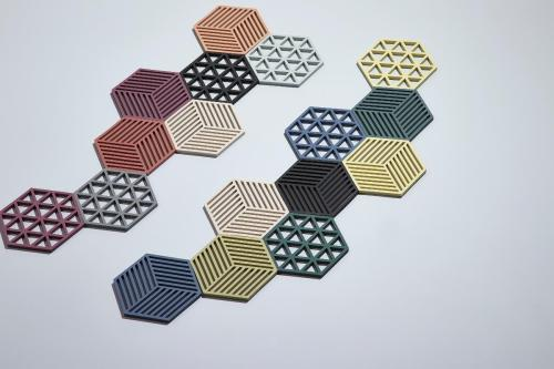 Trivet beetroot hexagon