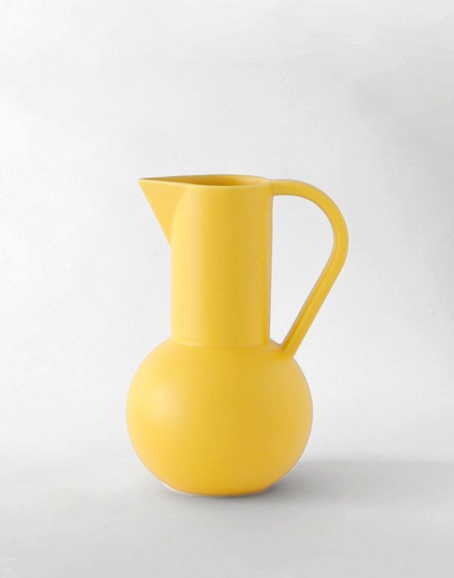 Raawii Medium Jug Strøm Freesia Yellow