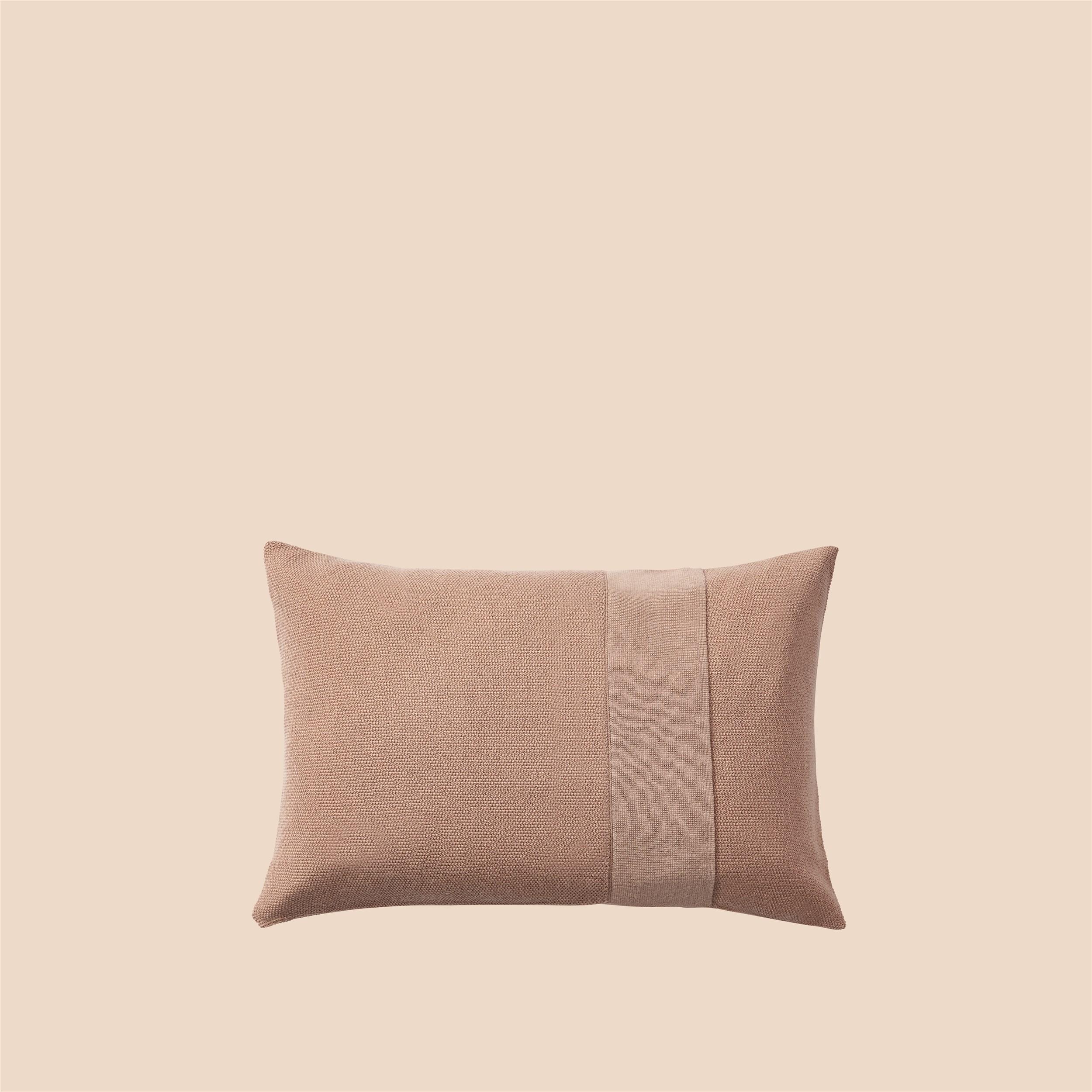 Layer Cushion 40x60 dusty rose