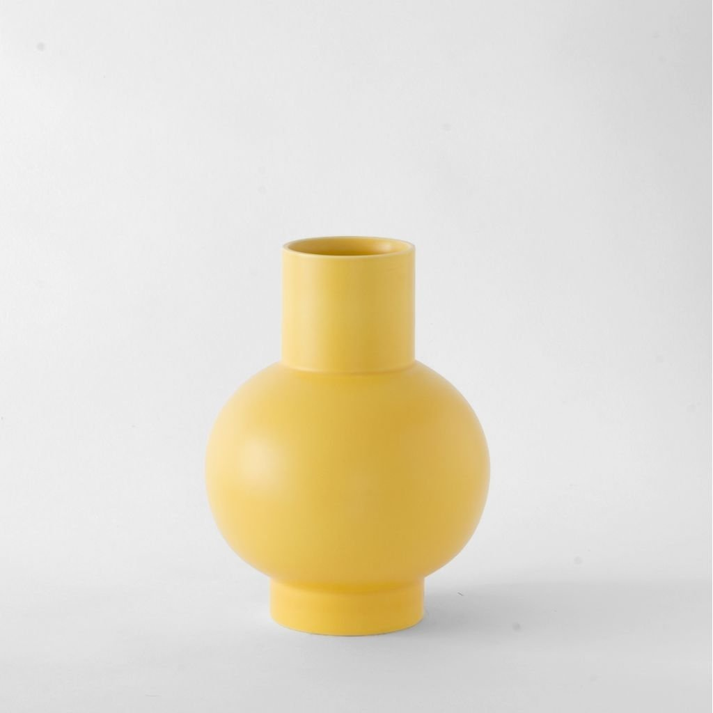 Raawii Large Vase Strøm Freesia Yellow