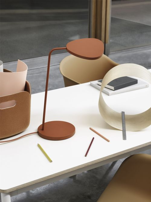 Muuto Leaf Table Lamp Copper Brown