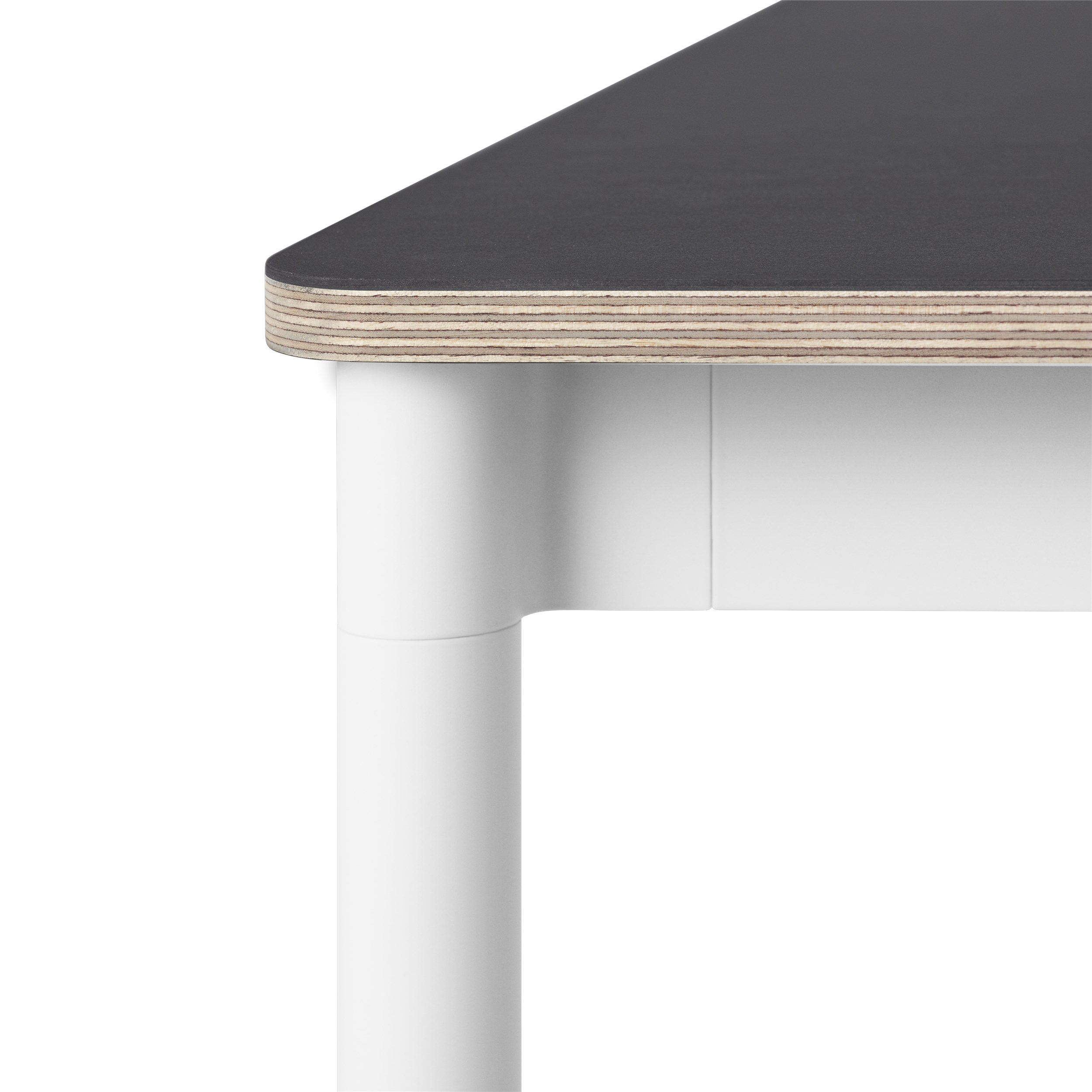 Muuto Base tafel 140x80 Black Linoleum/Plywood/White