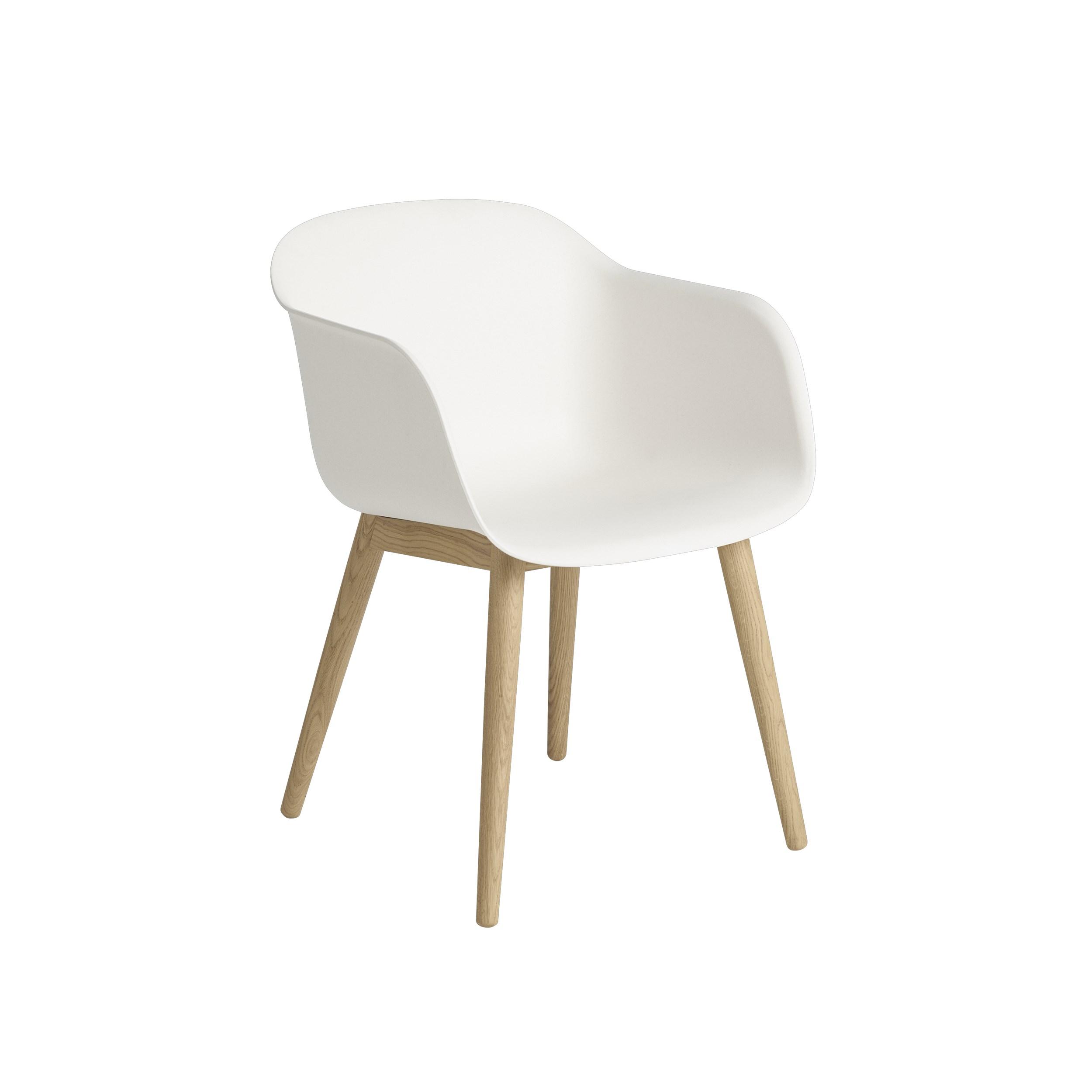 Muuto Fiber Armchair Wood Base White/Oak