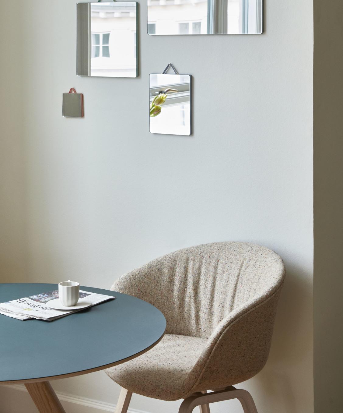 Hay CPH25 Table Round 140 Green Linoleum/Clear