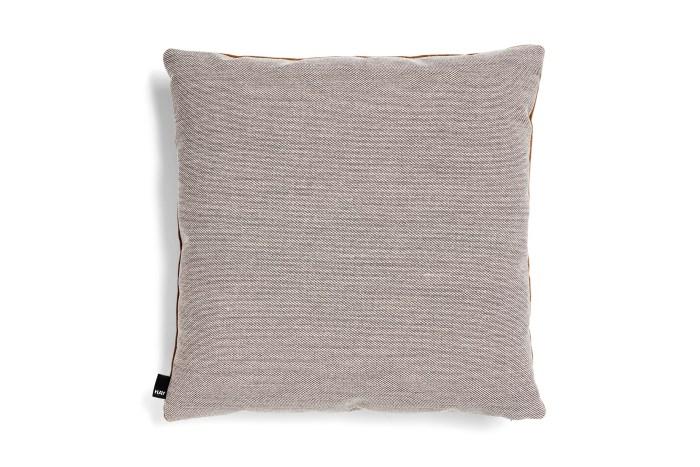 Eclectic cushion 50x50 caramel
