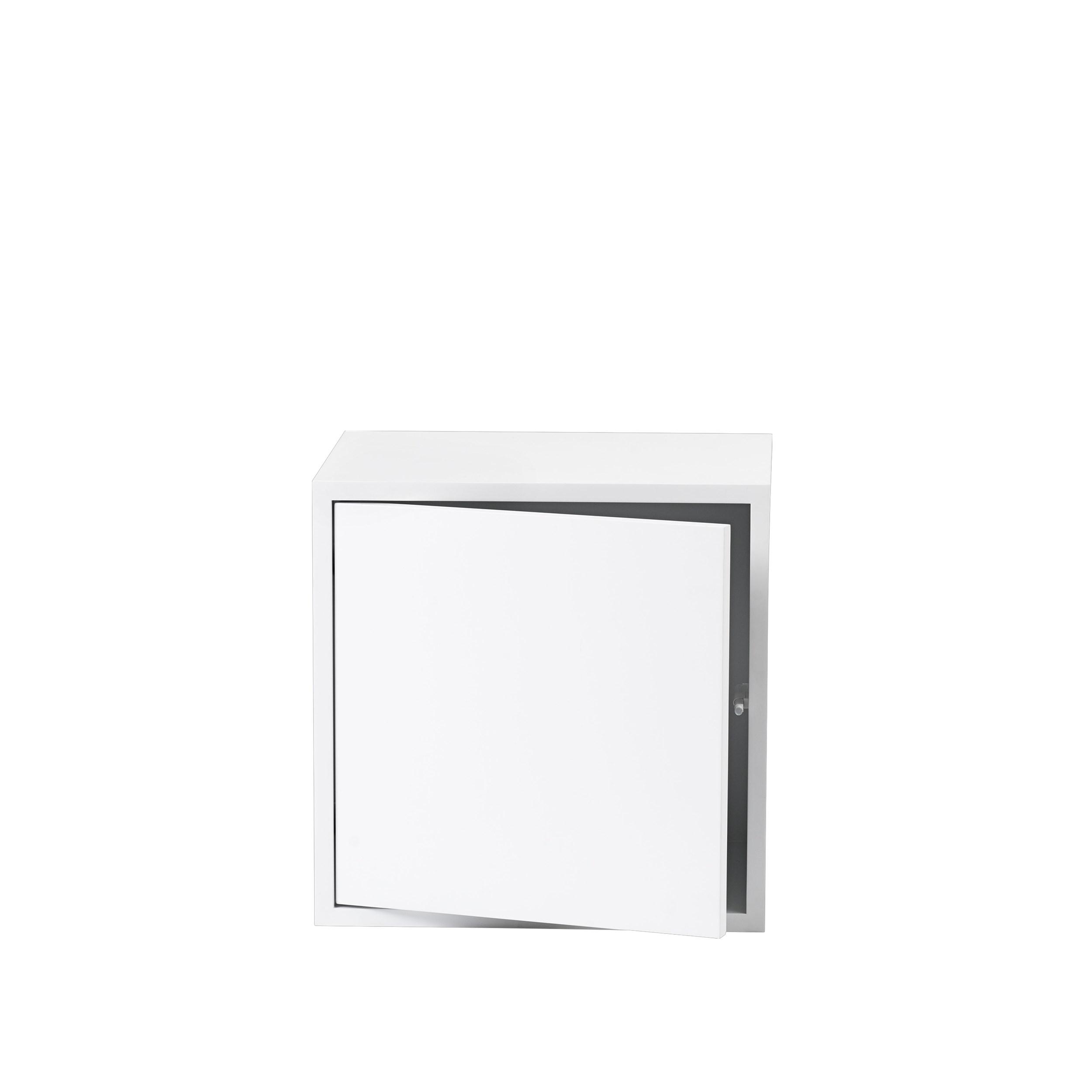 Stacked 2.0 medium with door white