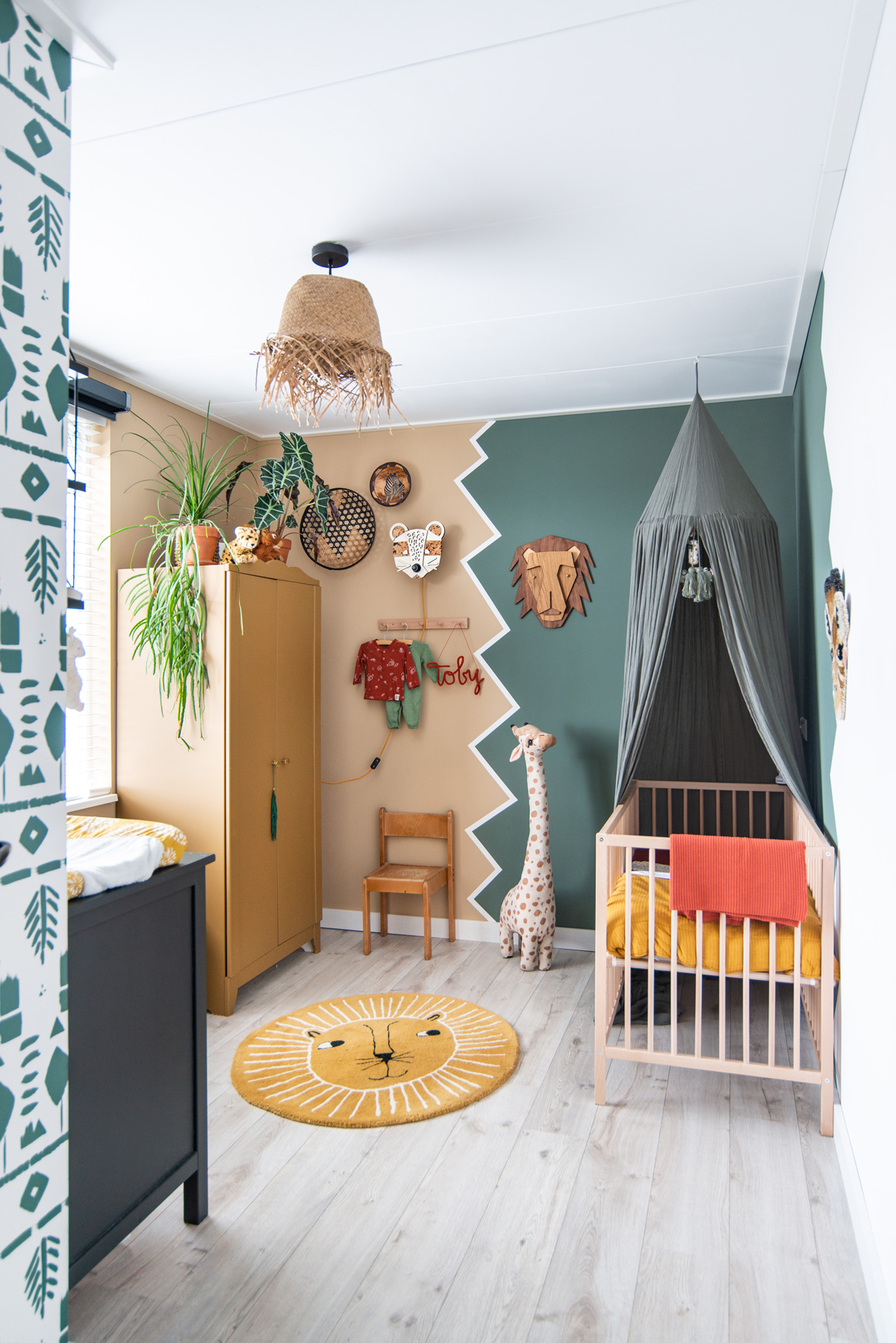 keeelly91 made by the woods nachtlampje interieur babykamer kids room kinderkamer babyinterieur wooninspiratie bohemian nursery room junglekamer