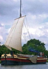 daybreak_in_sail_1