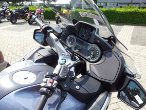 20140531_BMW_R1200RT_dash_800