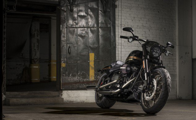2016-Harley-Davidson-CVO-Pro-Street-Breakout