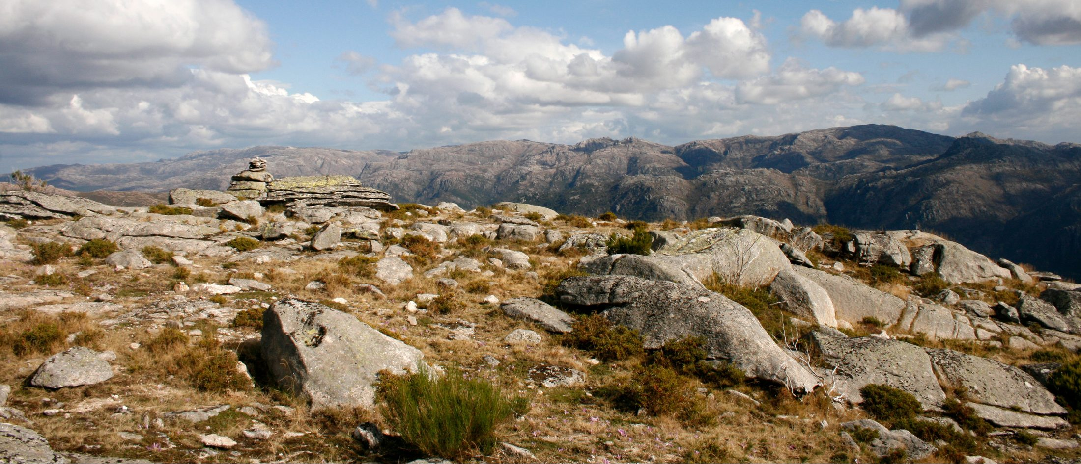 Peneda-Gerês Mountain Crossing