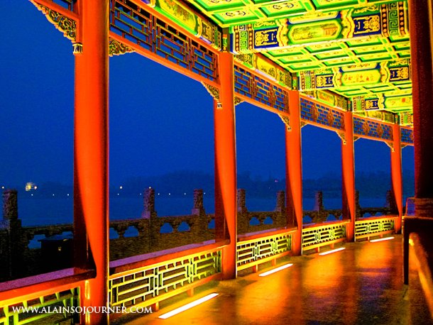 China Best Travel Photos / Beihai-park-Beijing-Long-Corridor
