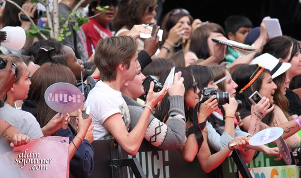 MMVA-Fans-at-the-Red-Carpet-6