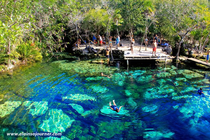 Bildergebnis für cenote azul