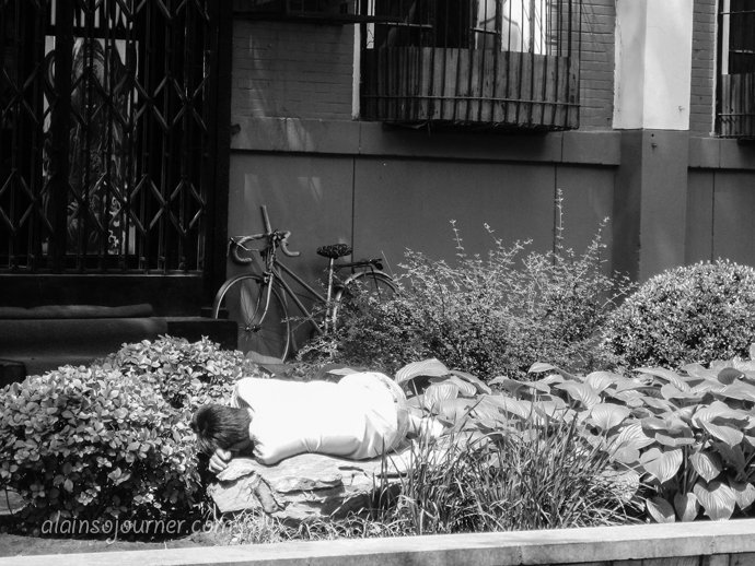 Life in China Outdoor Nappers Beijing 20