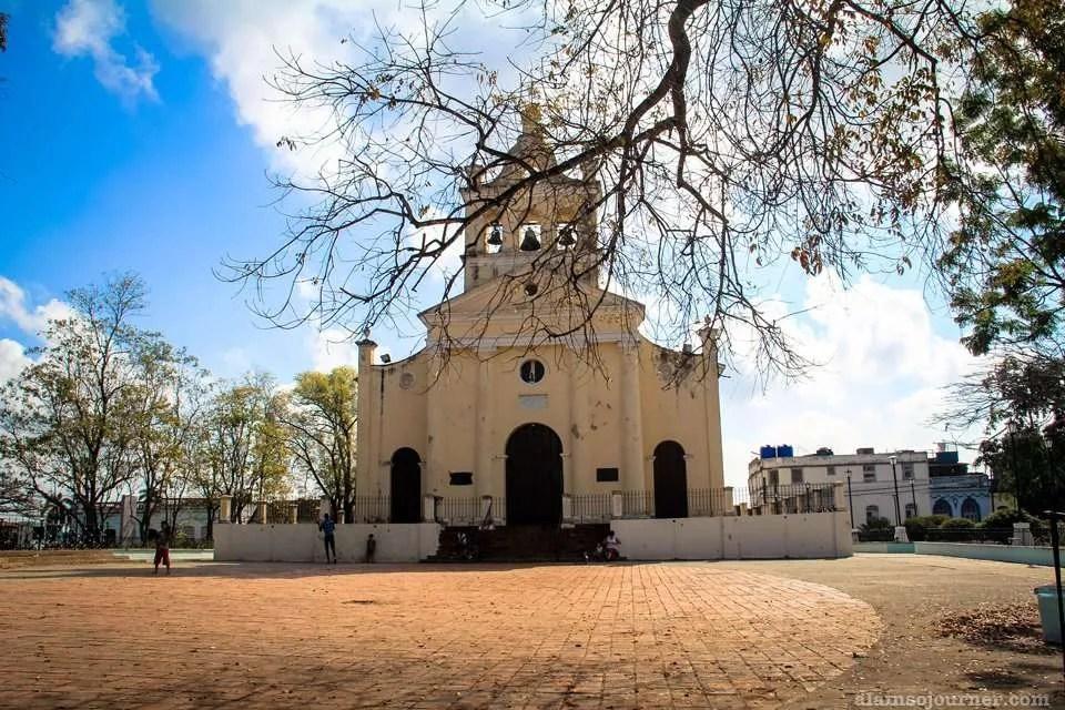 Iglesia de Nuestra Senora del Carmen Santa Clara Cuba / Visiting Che Guevarra in Santa Clara