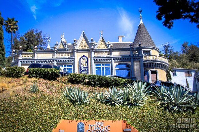 Magic castle Hollywood Bus Tour