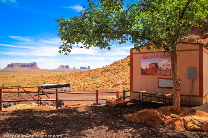 Bathroom With a View at the Monument Valley.