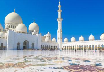Sheikh Zayed Mosque in Abu Dhabi, UAE.