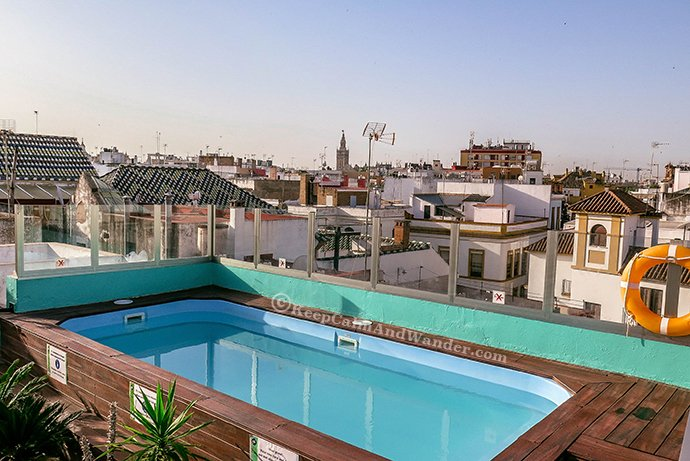 Oasis Backpackers Palace Hostel Sevilla is the Best in the World