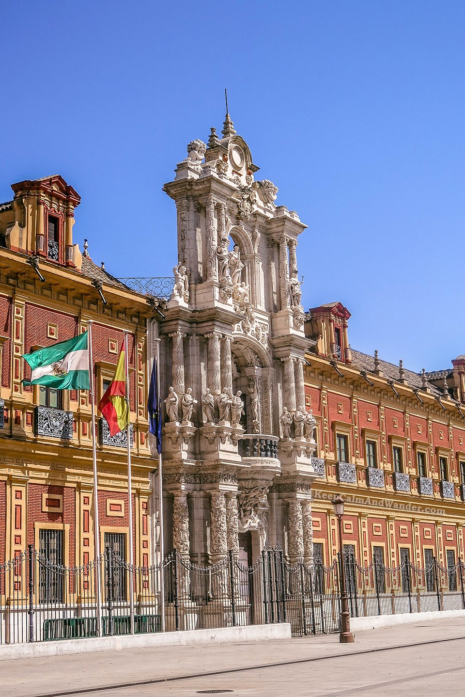 The Palacio de San Telmo is Sevilla's most impressive Baroque building.