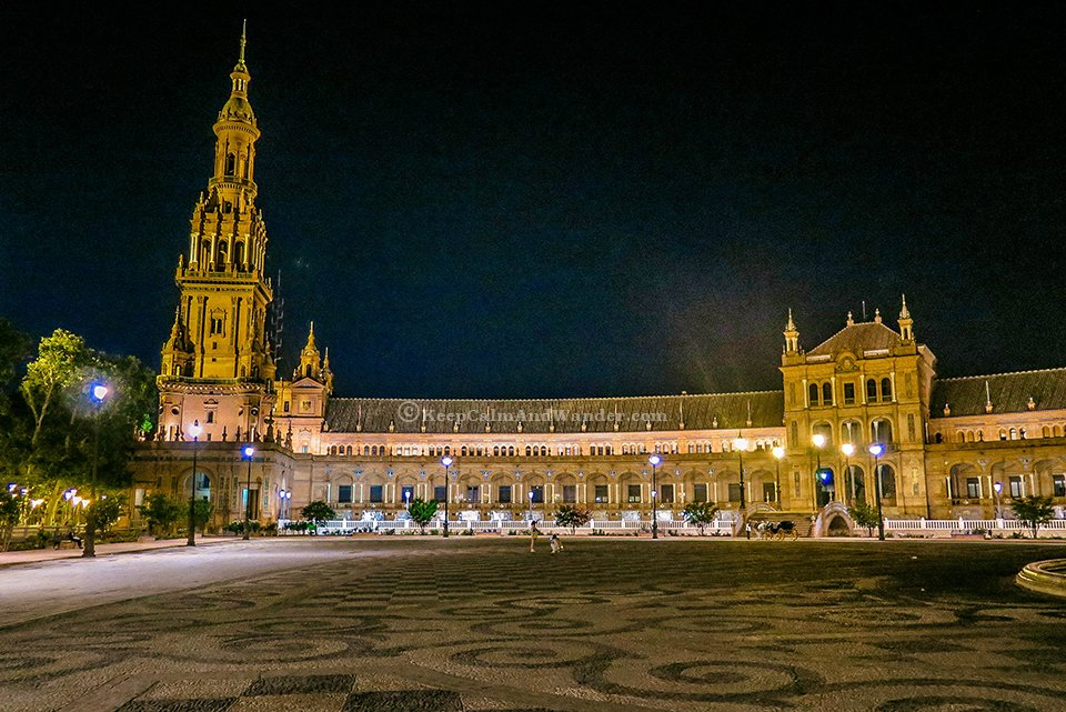 Plaza de España at Night Literally Takes My Breath Away (Sevilla, Spain).