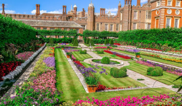 The Delightful Gardens at Hampton Court Palace - The Pond Garden (London).